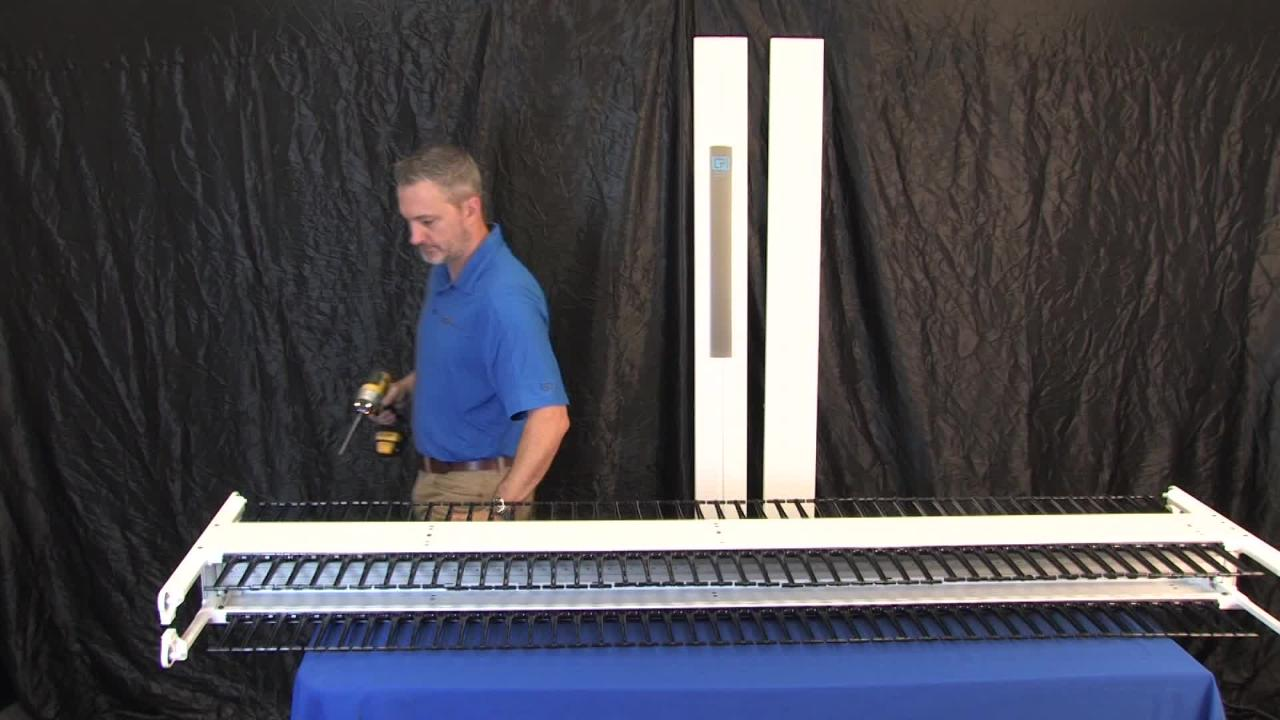 Motive® Single-Sided Vertical Cable Manager - Video 0