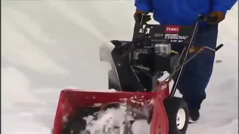 How to Operate a Snow Blower: Training from Toro
