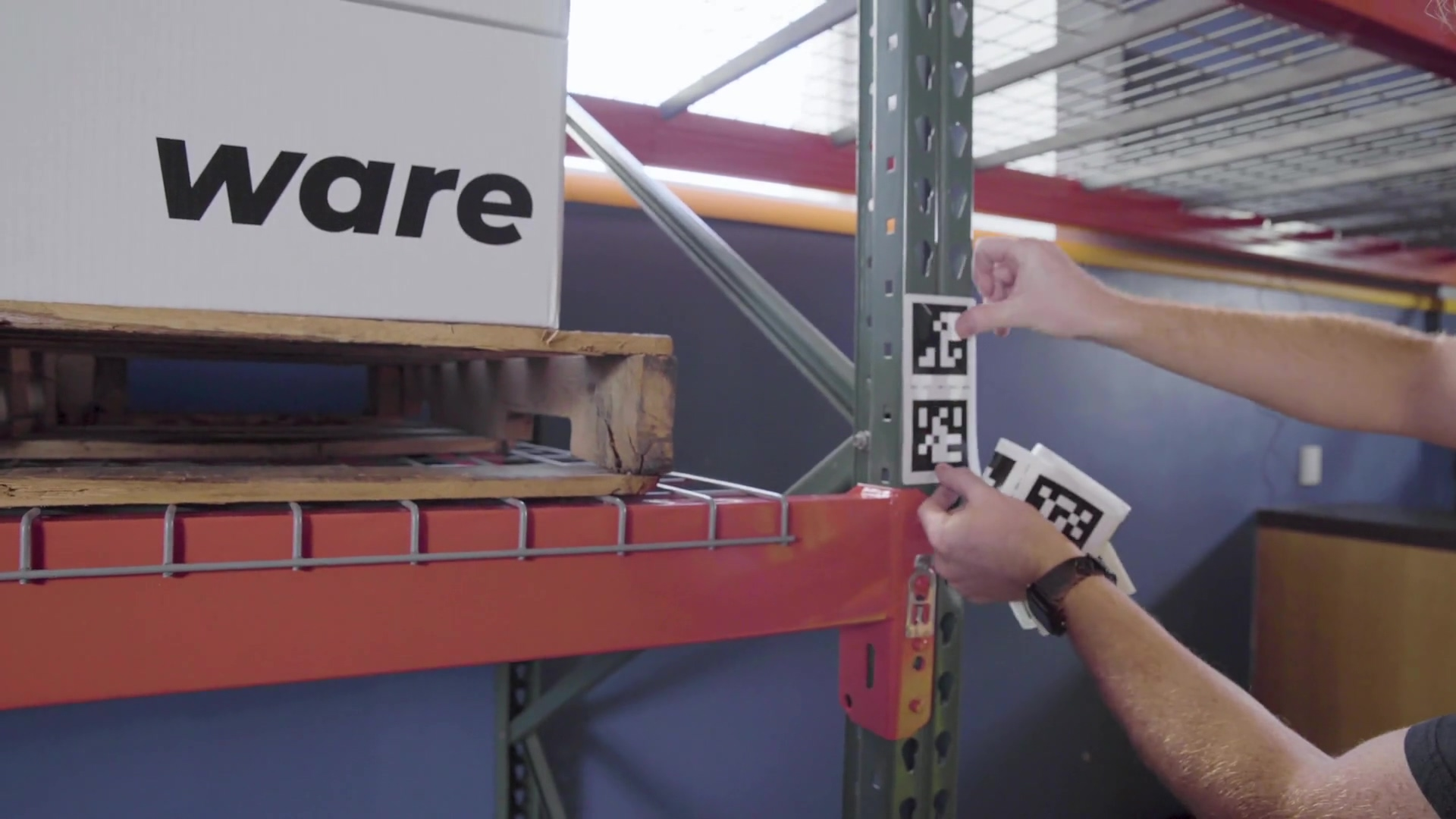 Installing Navigation Markers on Racking for Ware
