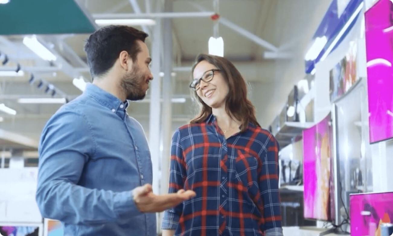Découvrez comment Coveo pour SalesforceB2B Commerce aide les entreprises à offrir des expériences d'achats en libre-service aux acheteurs d'affaires en fournissant une pertinence et une personnalisation grâce à un contenu unifié et à une recherche et des recommandations propulsées par l'IA.