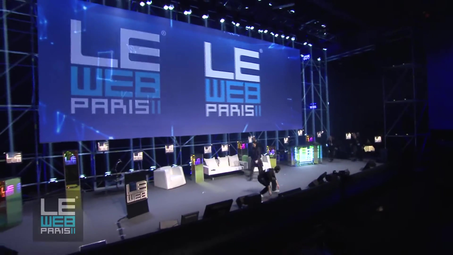 leweb-2011-opening-day-1-with-geraldine-loic-le-meur-leweb-founders