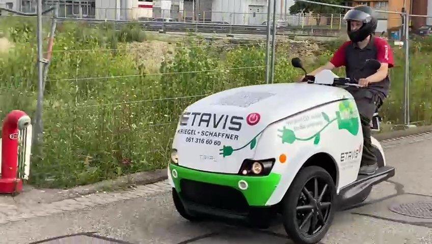 ETAVIS TRIPL Video