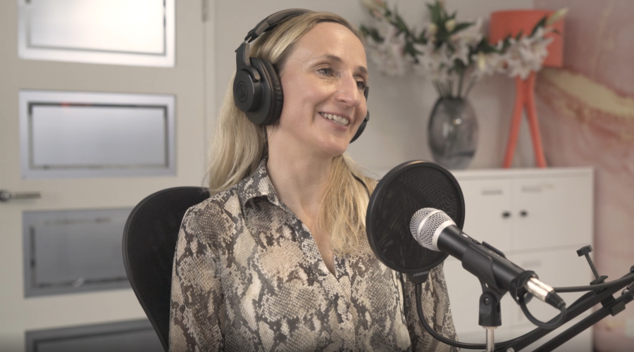 Law 365 Podcast - Lou & Kim - Performance & Wellbeing (subbed)