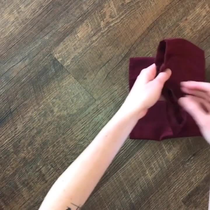 How_to_Fold_a_Silverware_Napkin_Pouch_264817052_1080x1080_F30