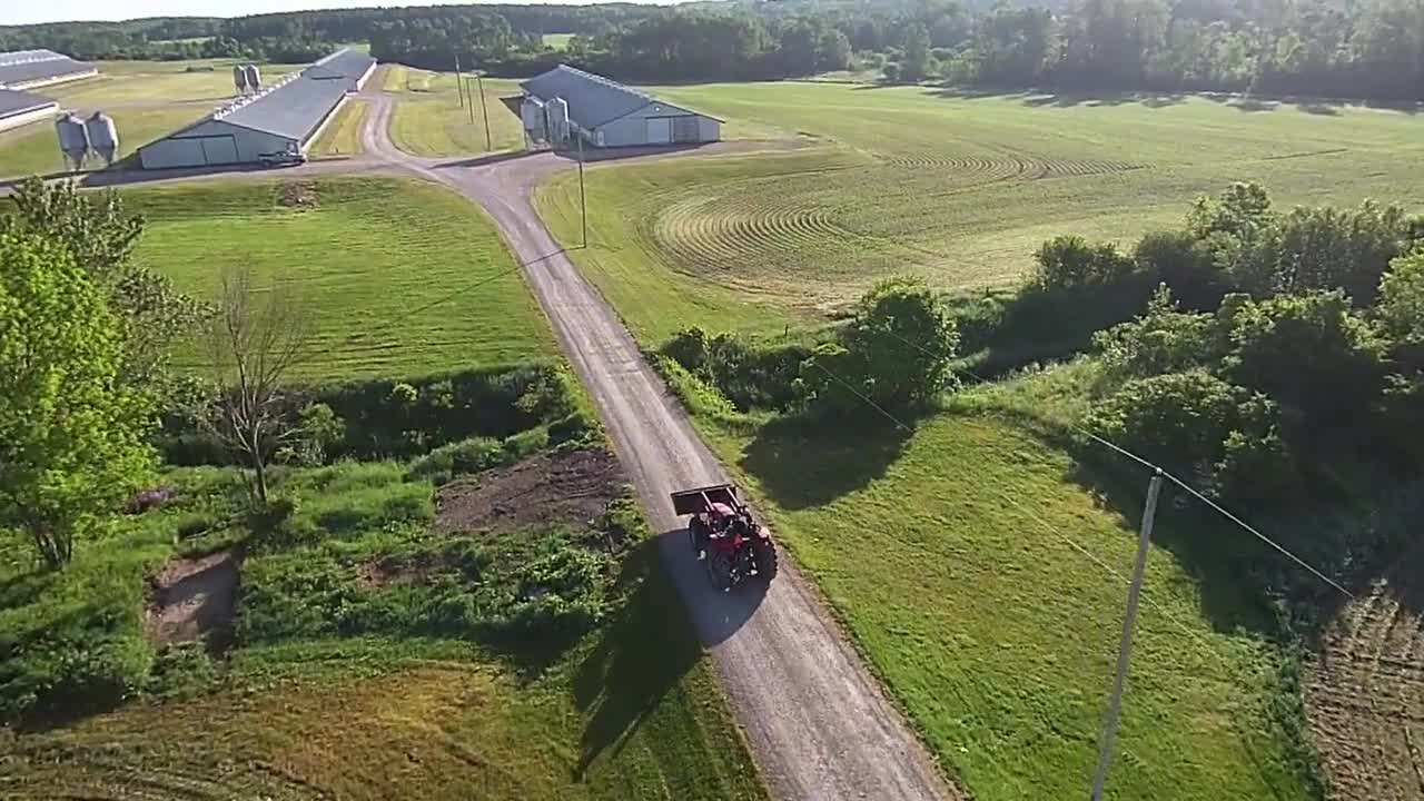 At your service: how we minimize risks for our commercial farm customer