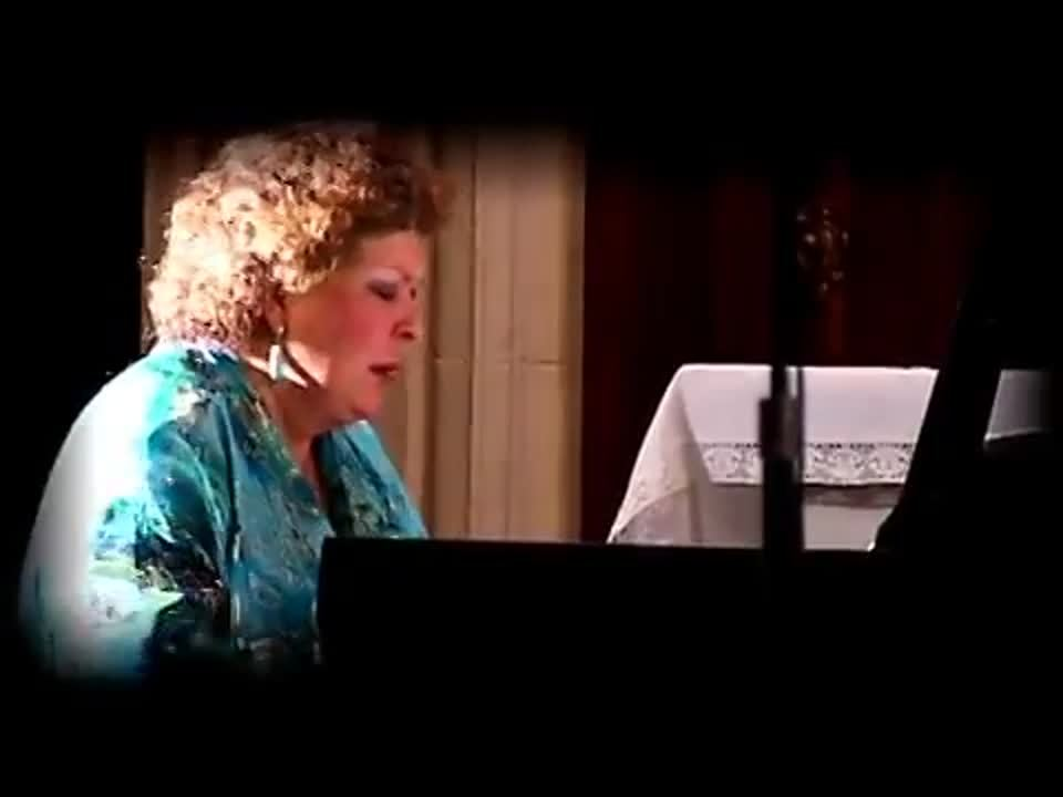 CHOPIN_-_Nocturnes_n1_2_20_et_7_-_Brigitte_Engerer_piano__14