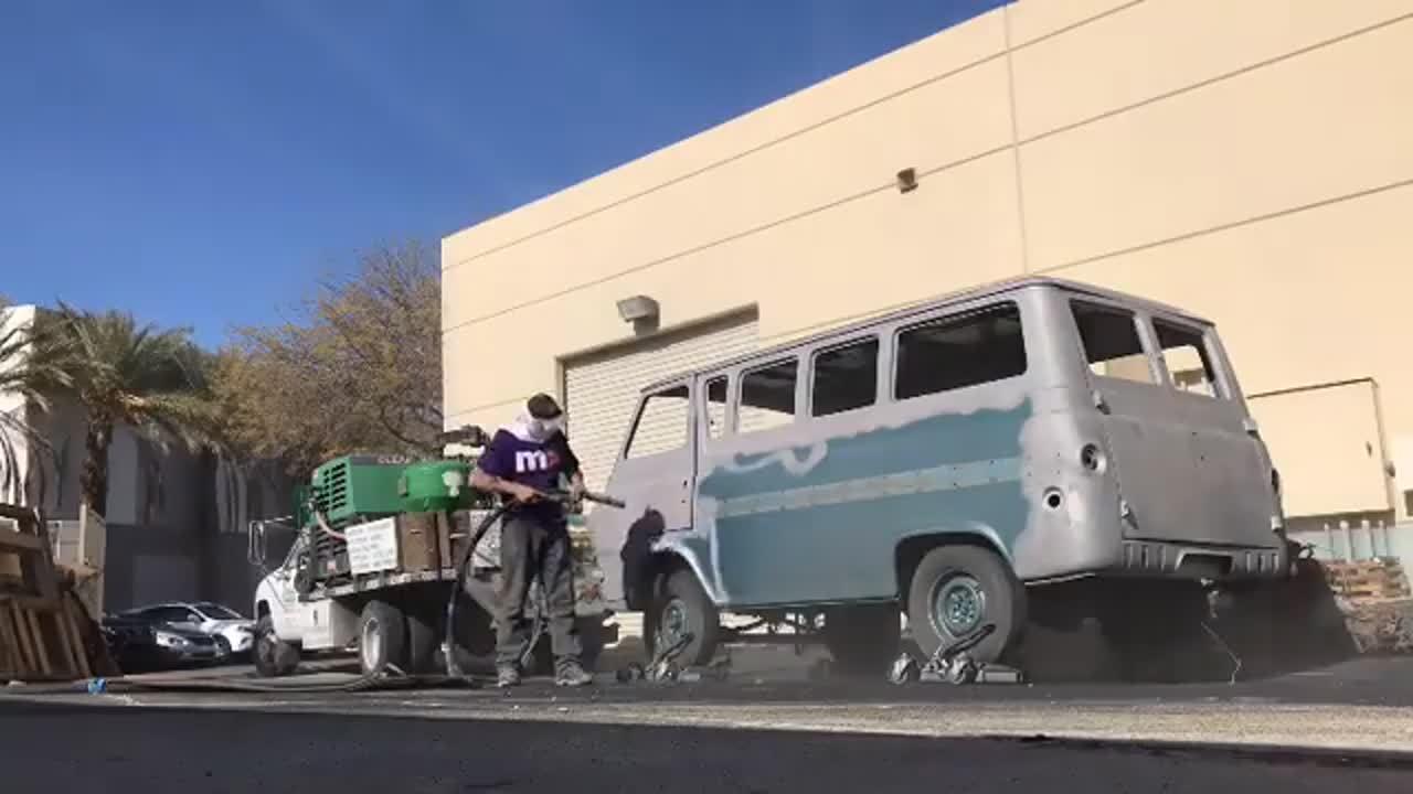 cleanworksmobilemediablasting on IG - time lapse blast