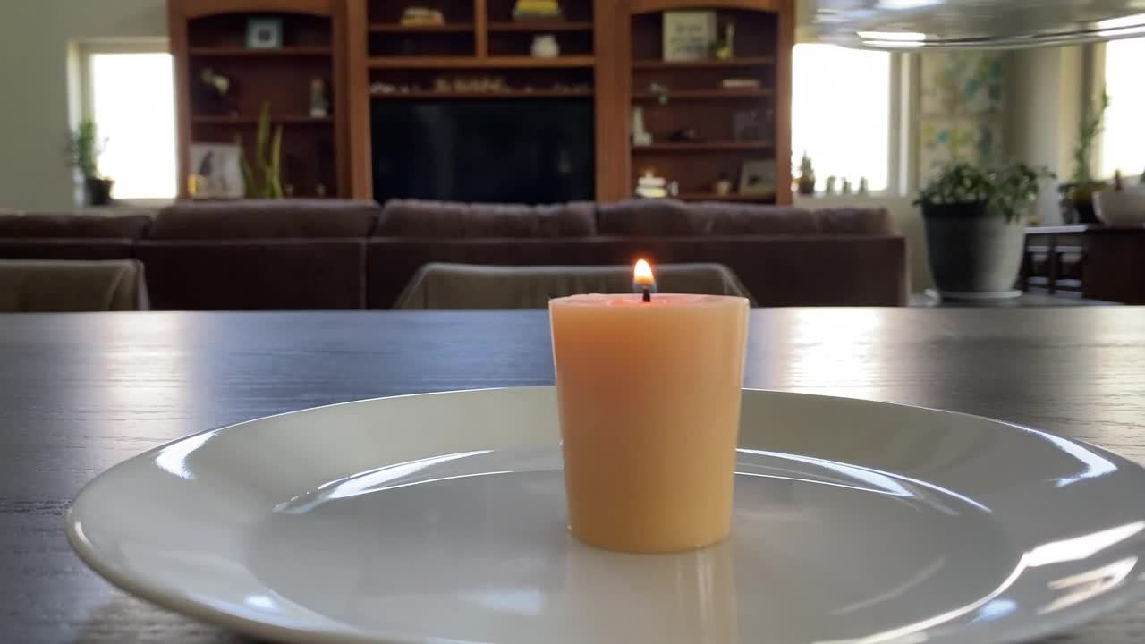 Candle-Water-Video