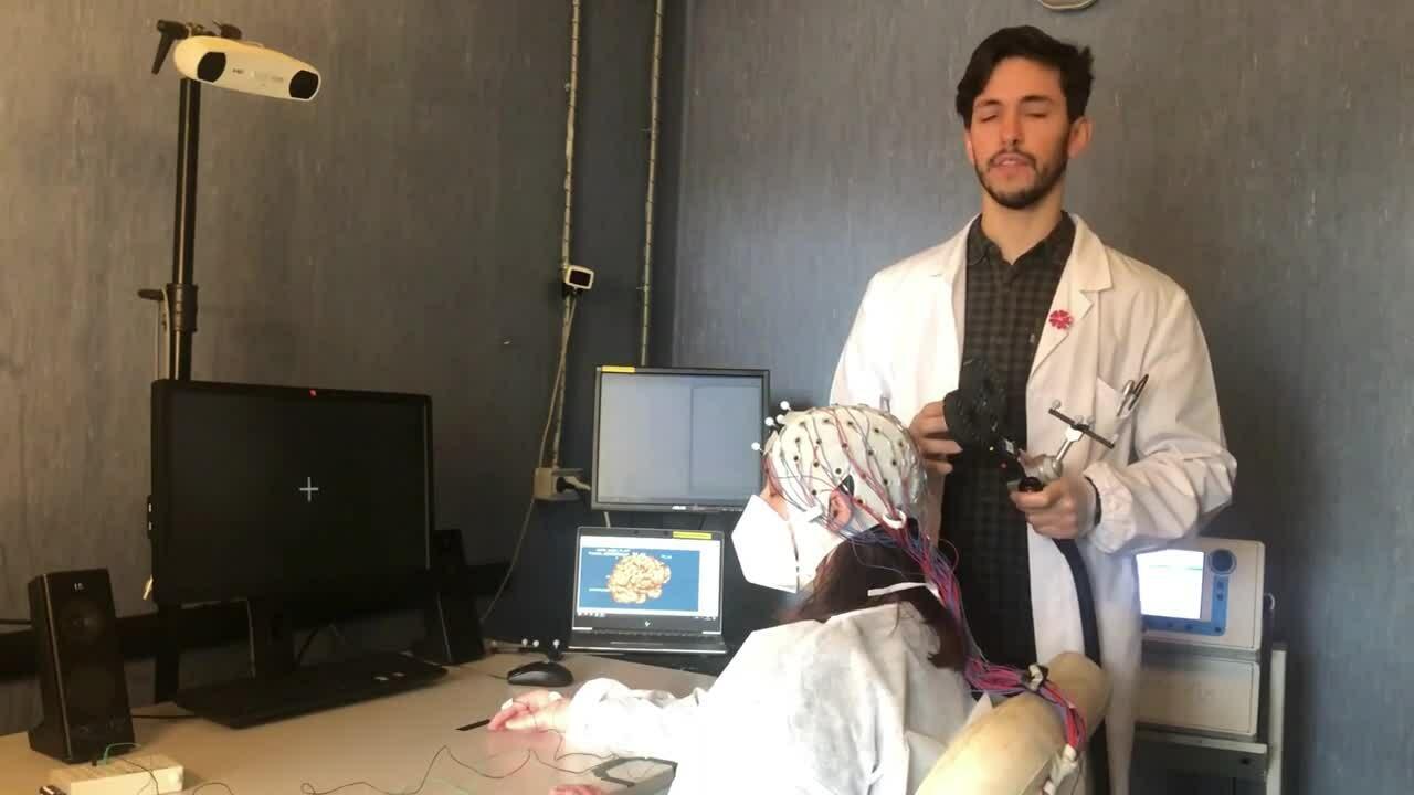 Bertazzoli_TMS-EEG