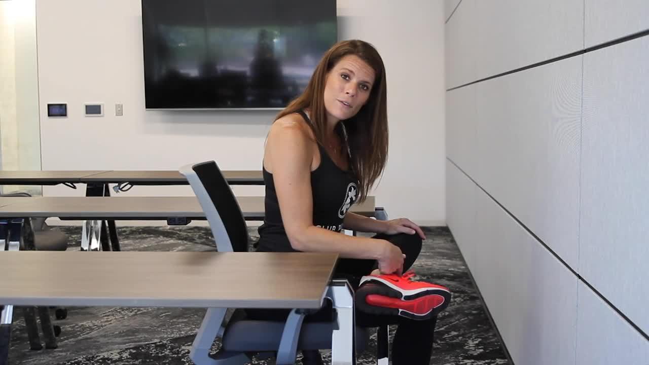 Vanessa_Desk Leg Stretch