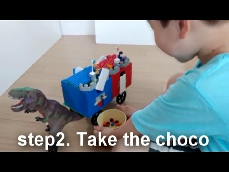 Dinosaur snack wagon (2)