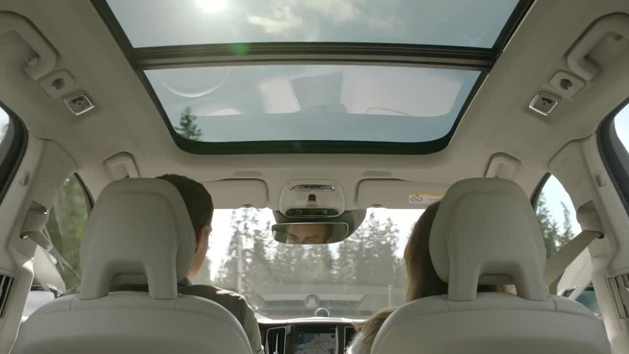 Driving - Volvo XC60