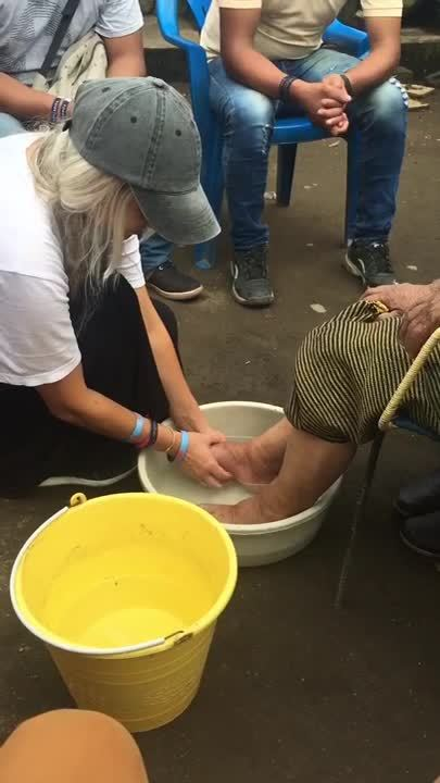 Marina-Moroz-ywam-tyler-missionary-outreach-washing-feet