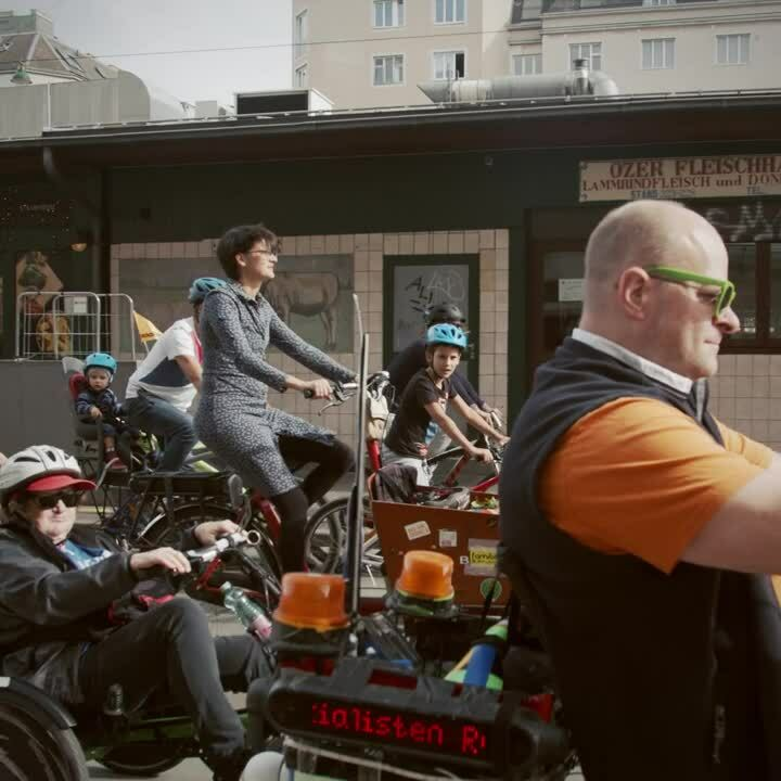 WOOM_kidical_mass_V03
