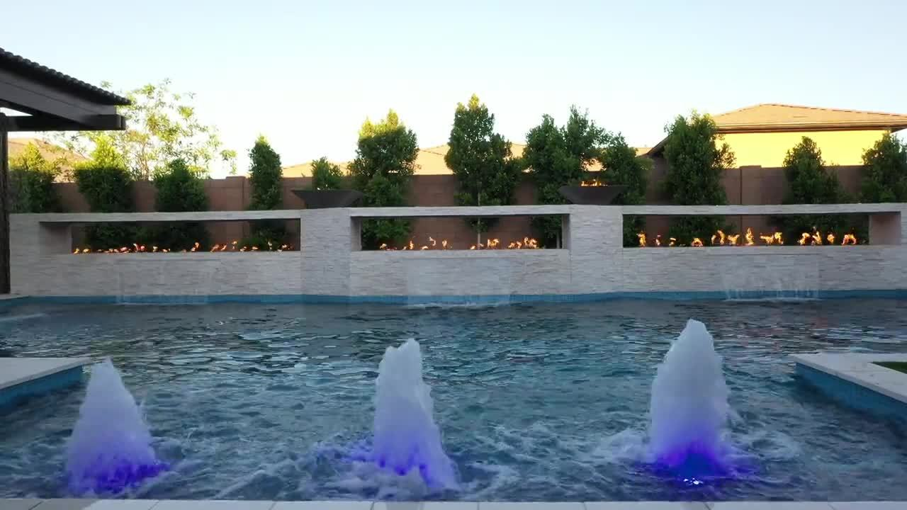 Pool Design Spotlight: The Great Wall of Fire in Gilbert ...