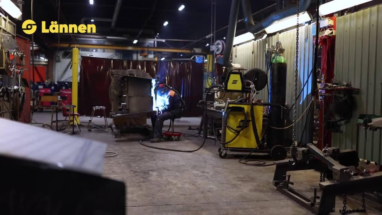 makingofLannen_material handling and welding