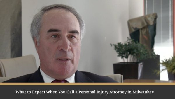 What to expect when calling a Personal Injury Attorney in Milwaukee