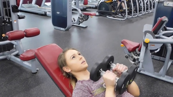 Close grip incline dumbbell press