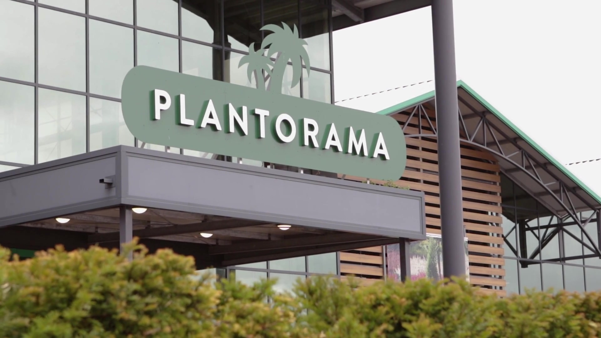 Plantorama Case