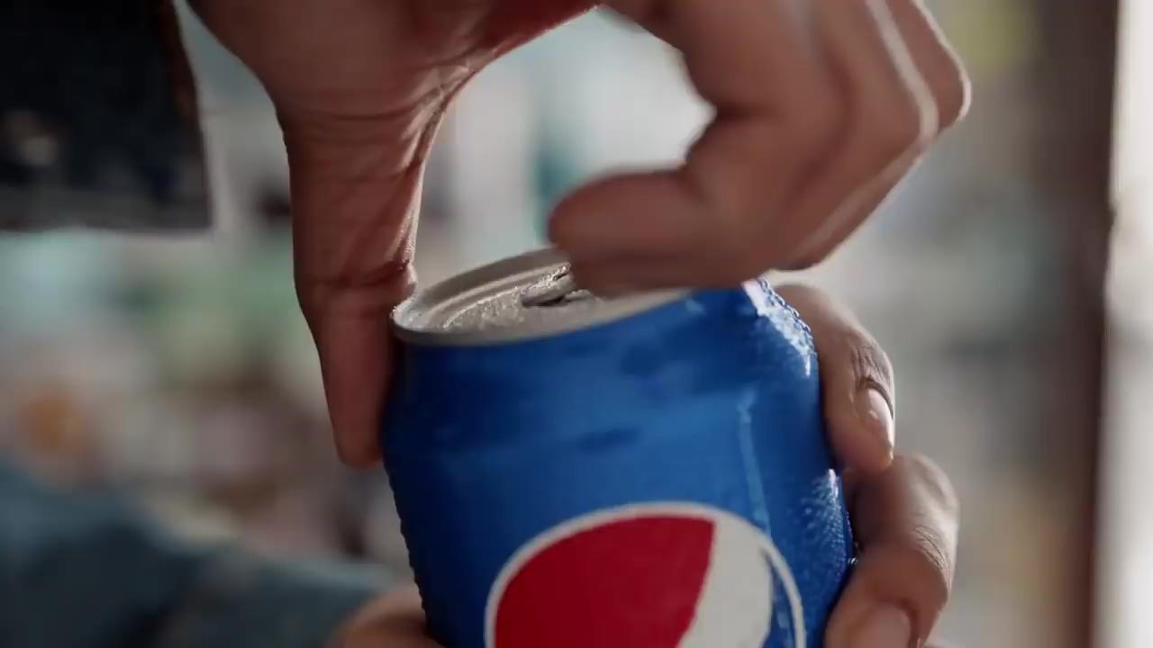 Kendall Jenner for PEPSI Commercial