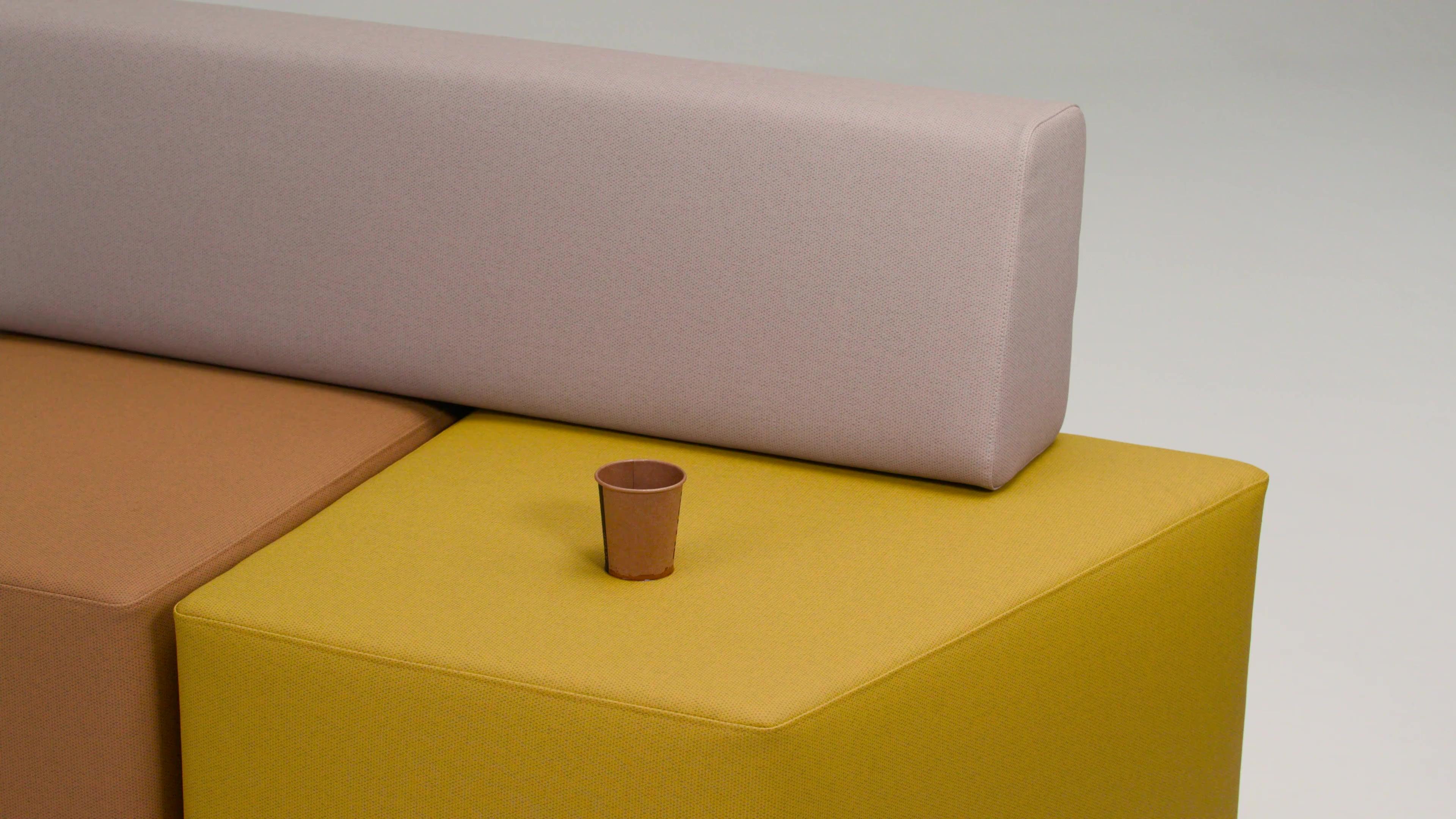 Video vinyl meubelbekleding - eenvoudige reiniging (koffie)-1