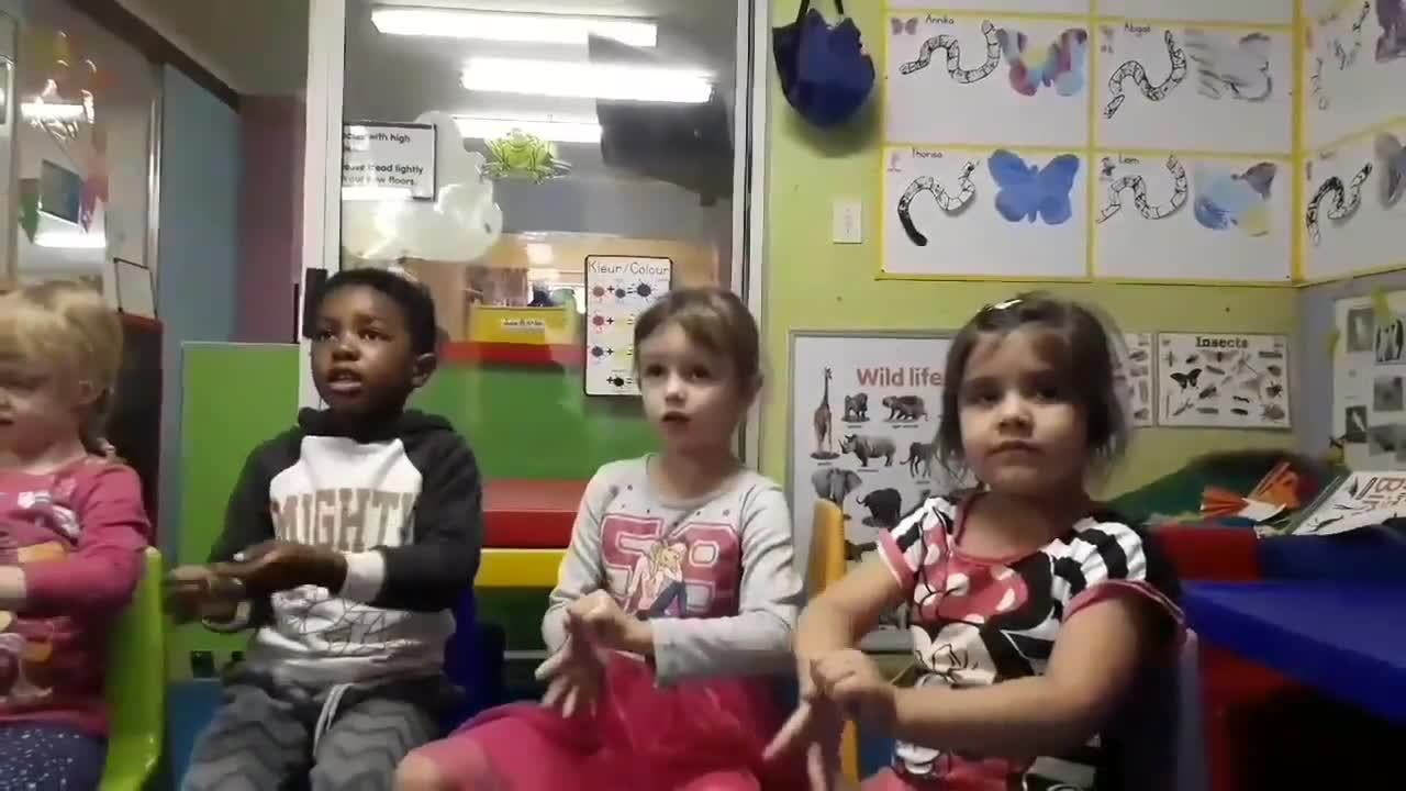 Toddlers teaching us how to wash hands -VIDEO