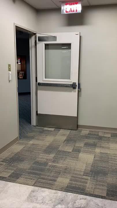 Automatic Door Opener - Entry