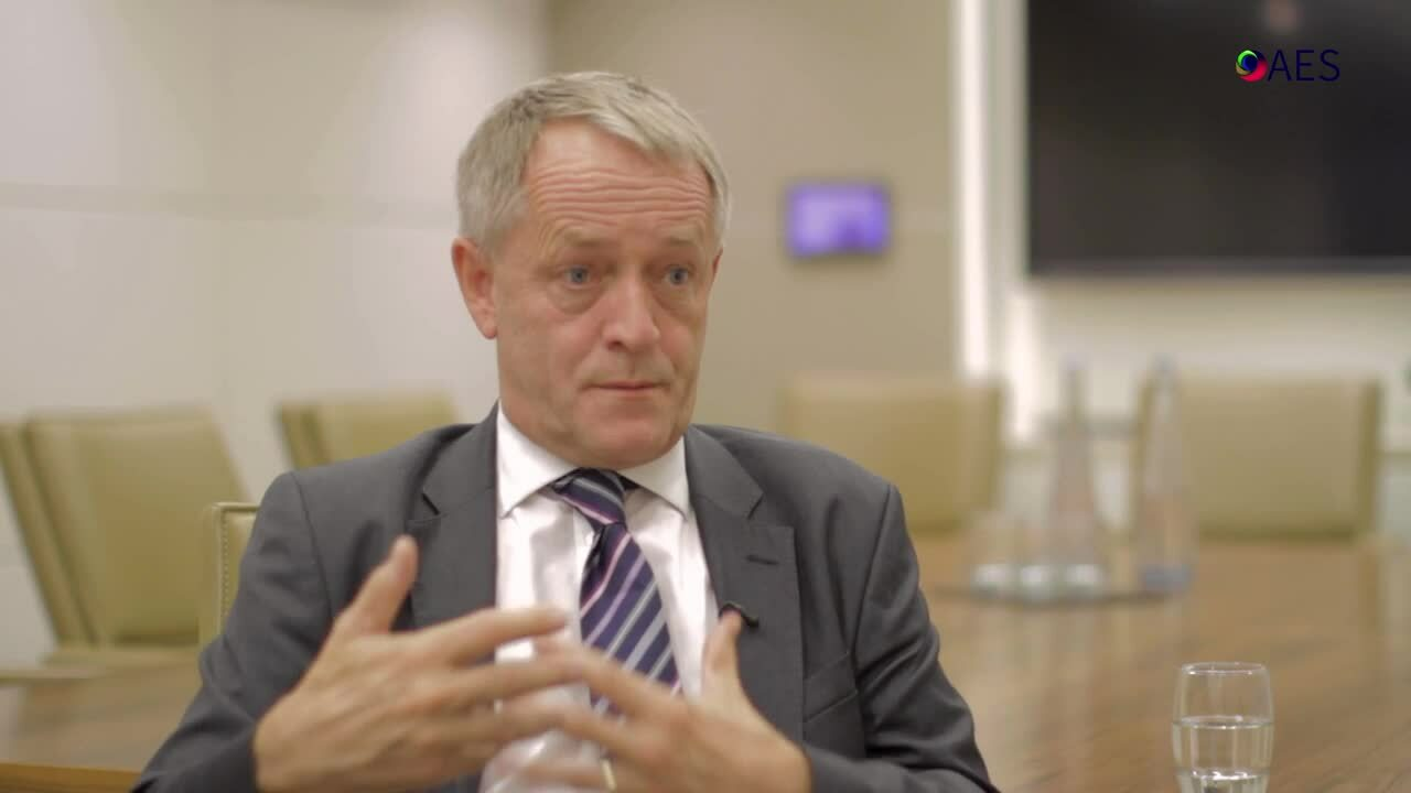 Adviser Vlog 63 Why is it important to be globally diversified-_AES