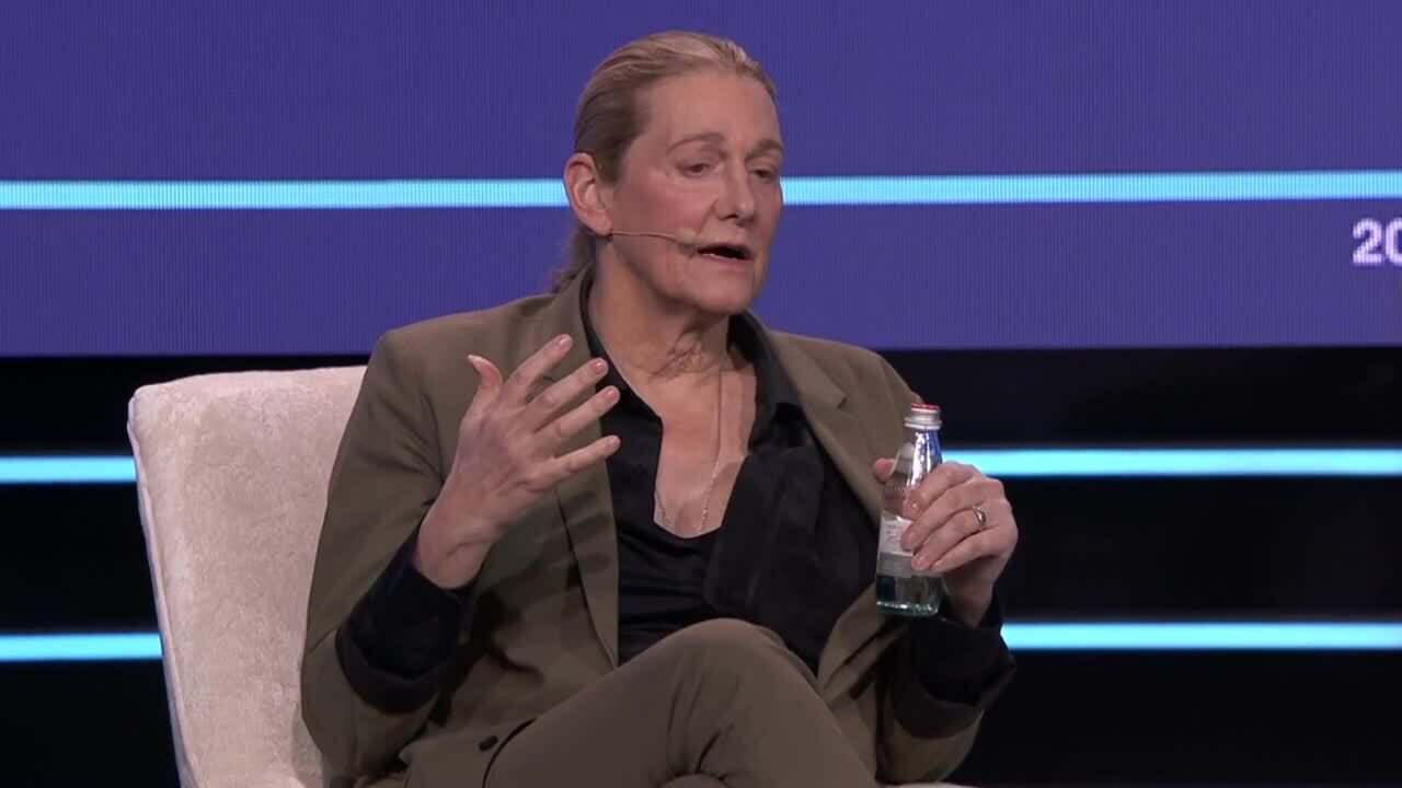Fireside_with_Dr_Martine_Rothblatt_Taking_Moonshots-1