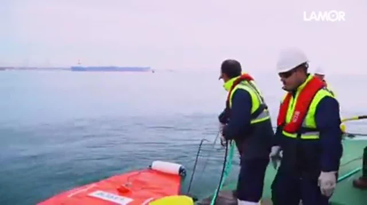 floating boom