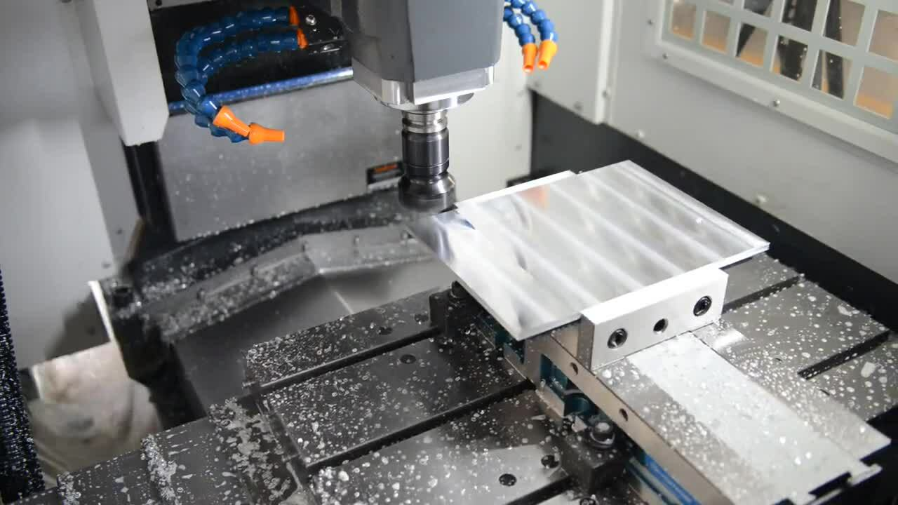 SYIL T3 Surface Milling in High Speed