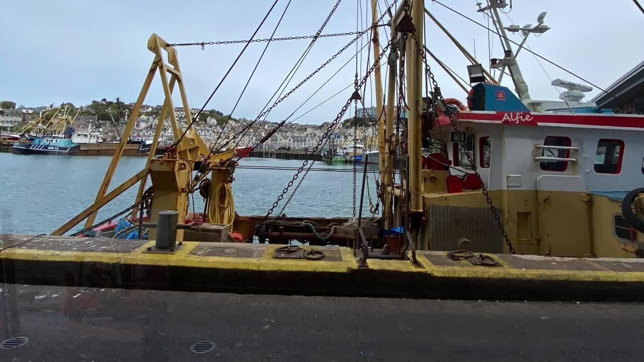 _Brixham Fishing Port - Quay & Market - Video 20 min Final