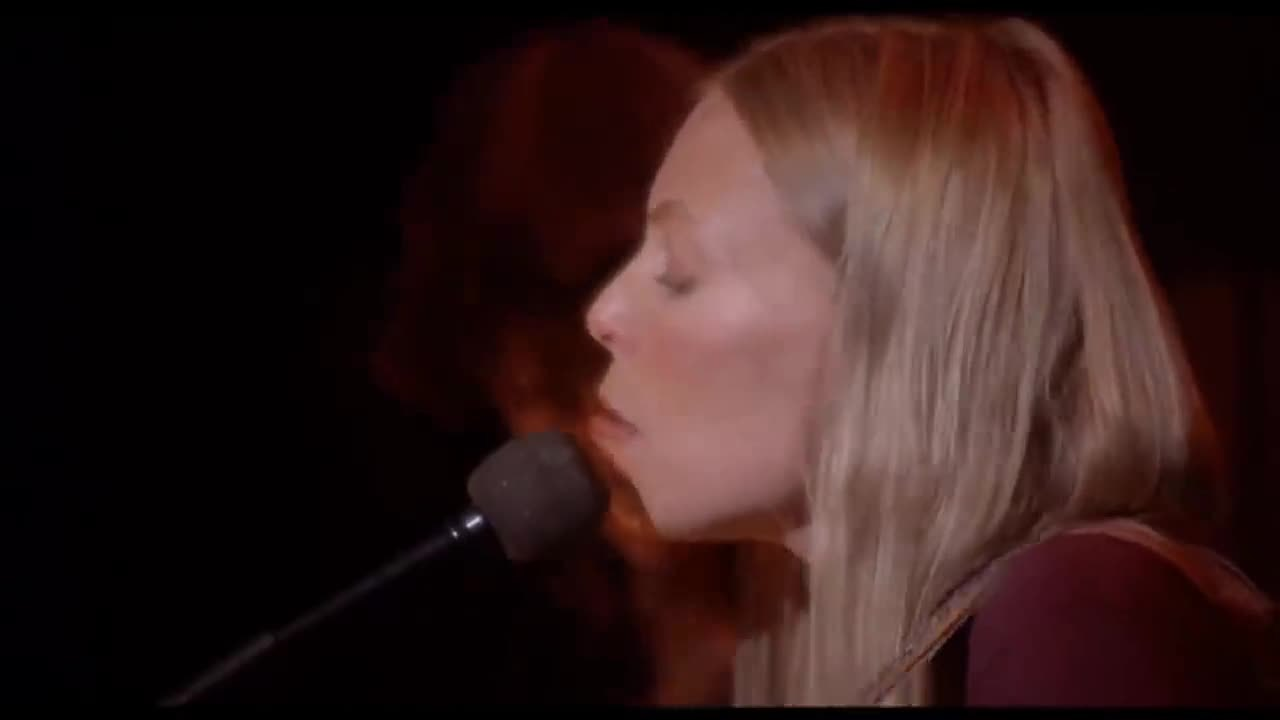 Joni_Mitchell_-_Coyote_The_Last_Waltz