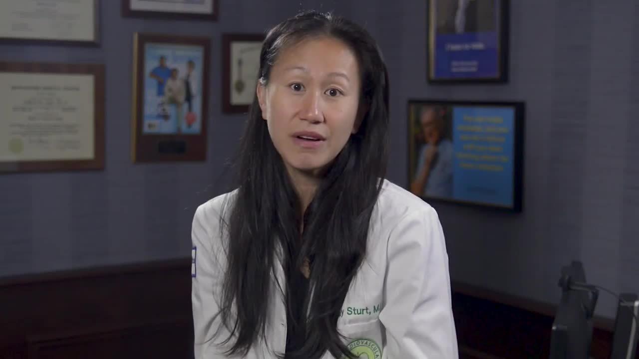 Dr. Cindy Sturt What is Venous Insufficiency