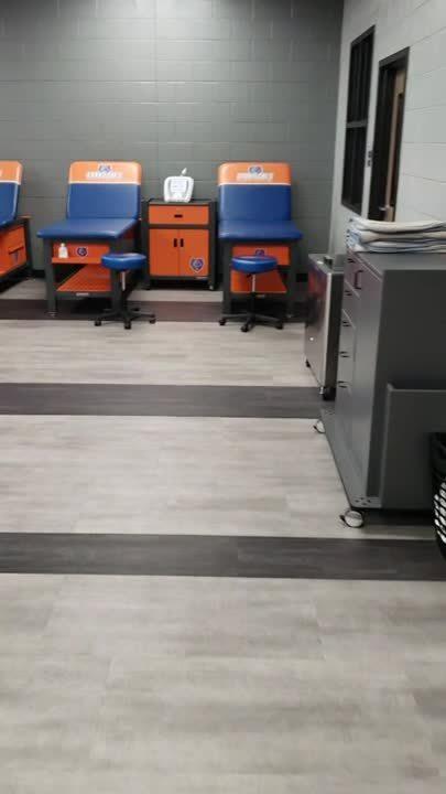 Grand Oaks-(Training Room)
