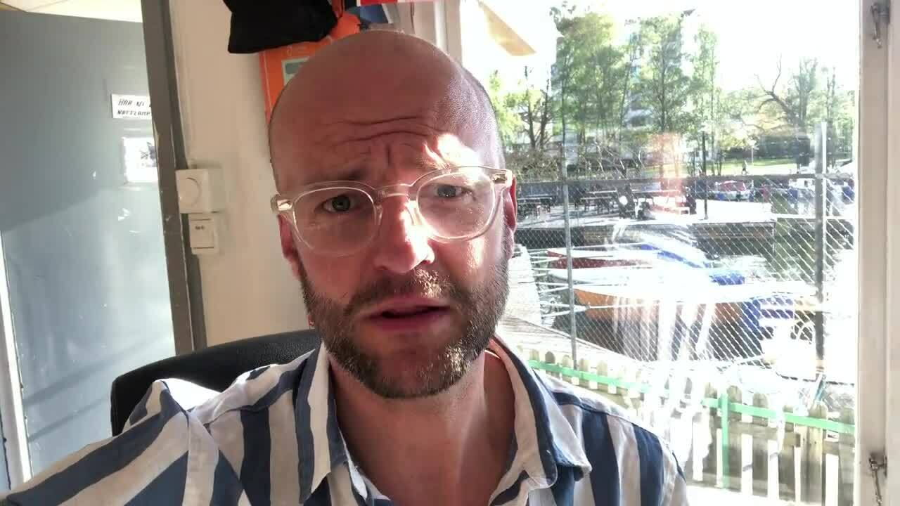 Martin sends a greeting (In Swedish)