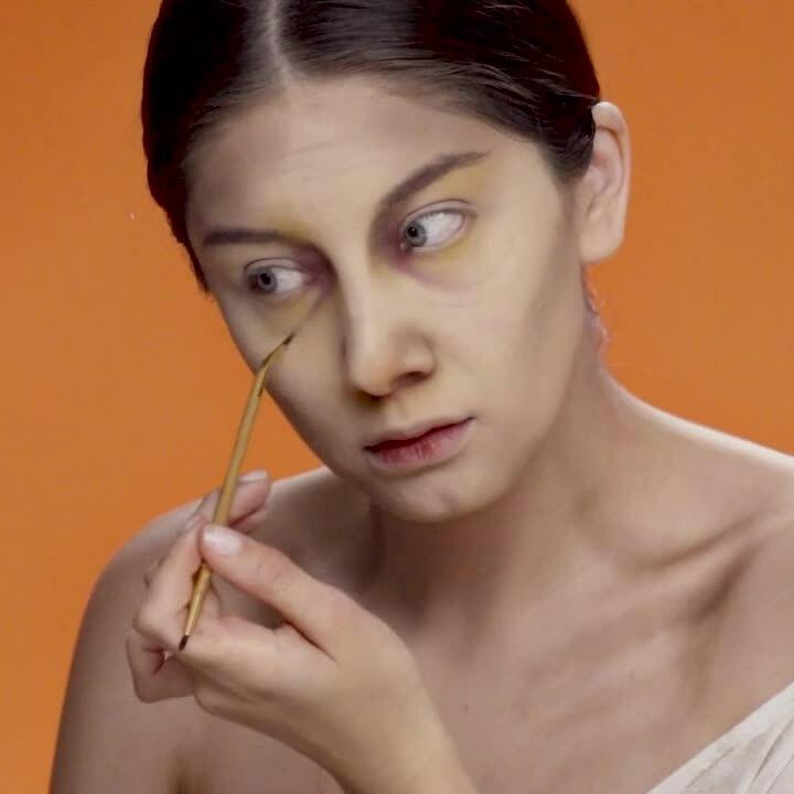 200818_Halloween_MakeupTutorials_Square_En_Zombie_Final_1